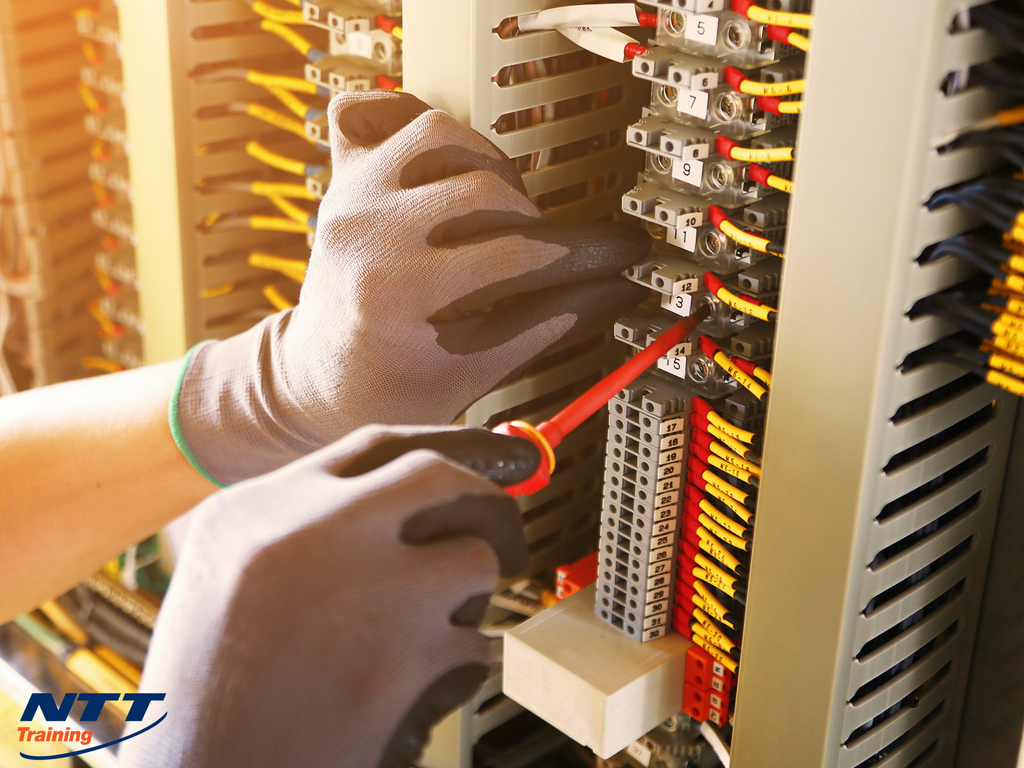Electrical Control Circuits Explained: What do Employees Need to Know?